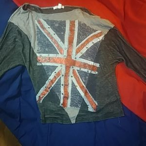 Off the shoulder t-shirt,small, British flag